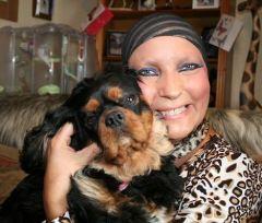 Cão avisa que sua dona tem câncer e salva sua vida