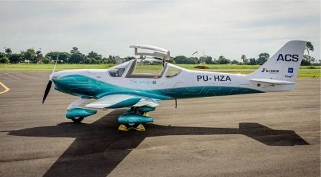 Decola primeiro avião elétrico tripulado brasileiro 2