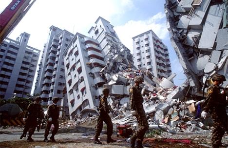 terremoto-soldados