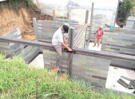 Arquiteto colombiano constrói casas com plástico e borracha reciclados 5