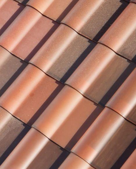 tesla-cria-placas-solares-iguais-a-telhados-tradicionais-2